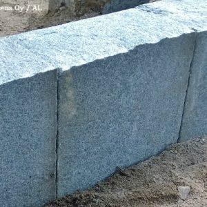 Reunuskivi Kurun Harmaa, 250x250x140 Mm