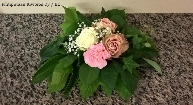 kukka-asetelma_pieni2
