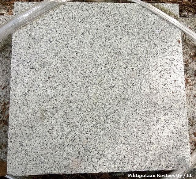 graniittilaatta kurun harmaa