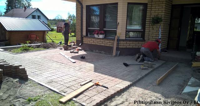 Uusi betonikiveys
